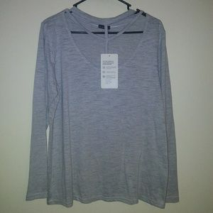 The free yoga Womens top gray size 1XL